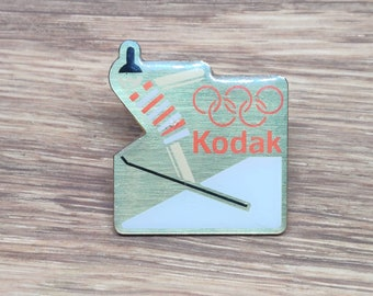 SCARCE 1983 Eastman Kodak Olympic Sponsorship Figure Skating Lapel Pin EX
