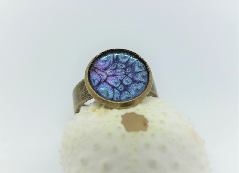 Bronze ring azuro feather Rustic. Peacock sapphire ring Witch bride woo galaxy space magical 3D effect Purple marble vintage style ring