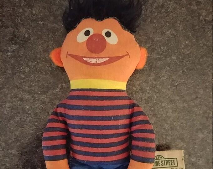 Vintage HTF Ernie Sesame Street Knickerbocker plush cloth doll from the 1970's 5 inches tall
