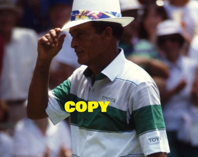 Pro golfing great Chi-Chi Rodriguez PGA Tour golfer retro photo picture 1980's cool sports RP 4x6