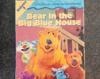 Jim Henson Home Entertainment Bear in the Big Blue House Volume 3 VHS tape 2 shows kids puppet show