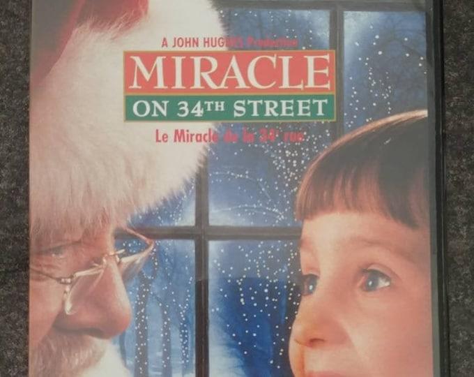 Miracle on 34th Street slim case DVD version John Hughes film 1994 Christmas movie family