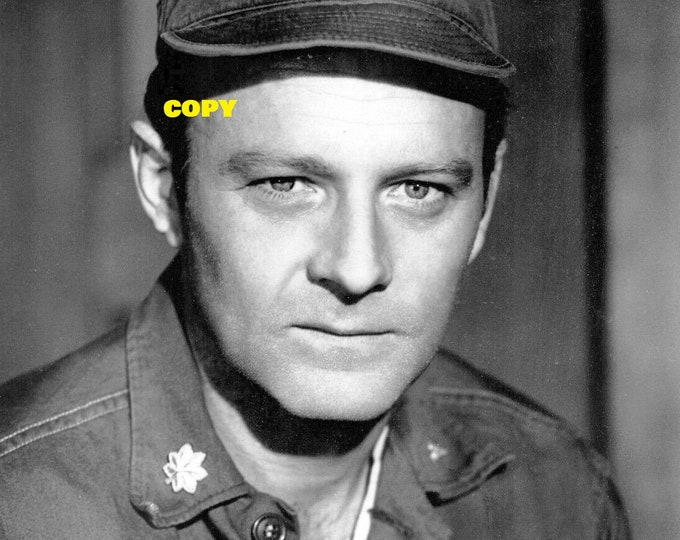 Frank Burns vintage 1970's closeup MASH TV show actor Larry Linville black and white photo RP