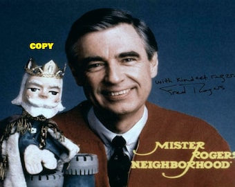 Vintage retro Mr. Rogers Neighborhood Fred Rogers kids show PBS photo picture color 4x6