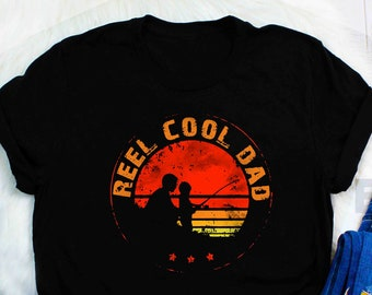 f497b1096 Mens Retro Reel Cool Dad Fishing Daddy Vintage Fathers Day Gift T-Shirt