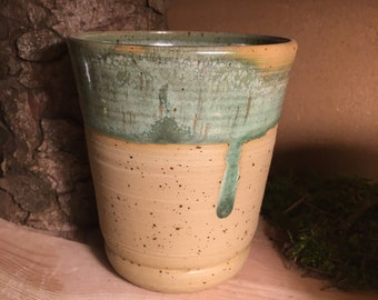 Drinking mug green mug cup coffee cup water glass ceramic clay approx. 400ml