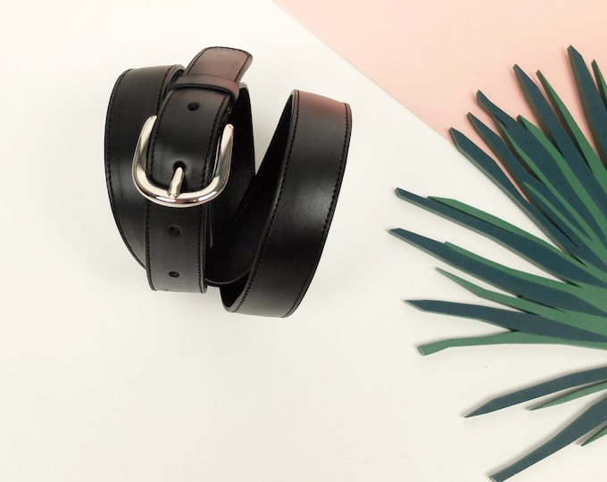 Oslo belt-black color with nickel finish buckle