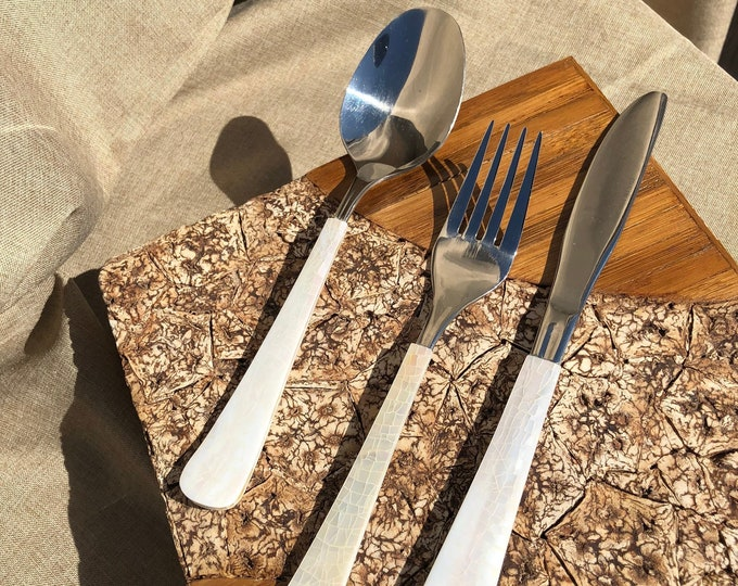 Ave Maria Mother of Pearl Cutlery Set