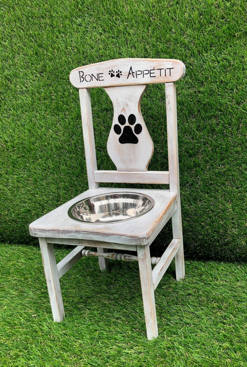 Bone Appetite Raised Dog Feeder