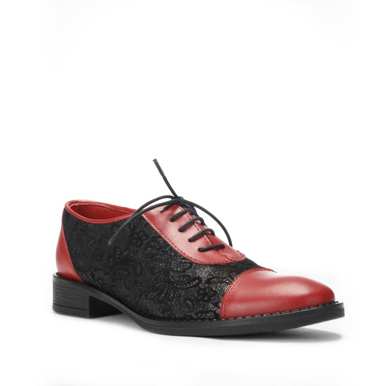 8518c69261377 Women's Black and Red Oxford Shoes ~ Saddle Shoes ~ Lace Up ~ Leather Shoes  ~ Tie Shoes ~ Low Heel ~ Chunky Heels for Ladies