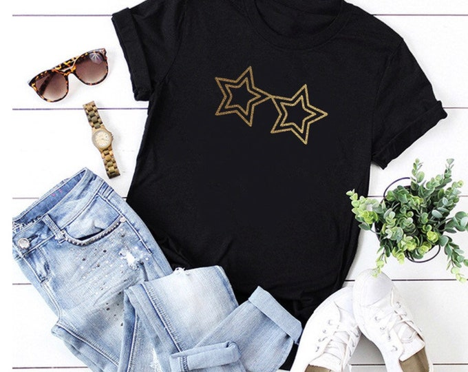 Elton John Glasses Rocketman Unisex Glitter Vinyl Printed T-shirt Slogan Tee.