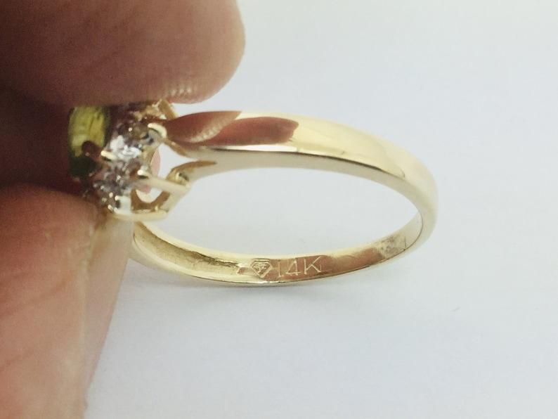 14k Yellow Gold Oval Cut 0.25pt Peridot August Birthstone /& 4pt Diamond Halo Ring