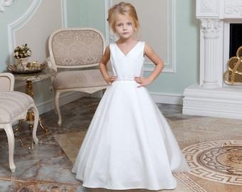 f881c42c9 Junior bridesmaid dress