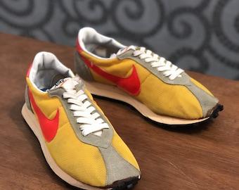 reputable site f9c4d 4ca9e Vintage 70s Nike Ld1000 Ldv Waffle Trainer Waffle Shoes