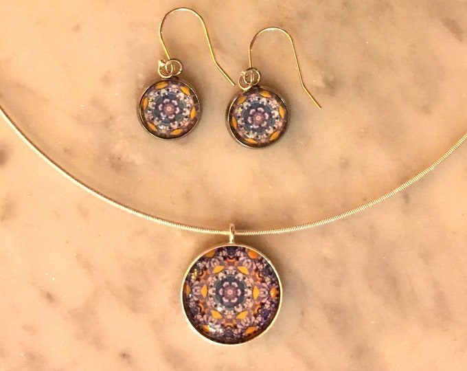 Pendant & Earring Set, Classic Design Set in Glass, Buy as Set or Separates, Statement Pieces Designed for photos of Chicago Street Art