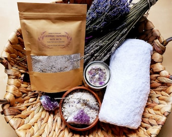 LAVENDER CHAMOMILE Relaxing Bath Salts~Ritual bath~Waning Moon~Sleep & Dream Spell~Lavender-Chamomile~Amethyst-infused~Aromatherapy