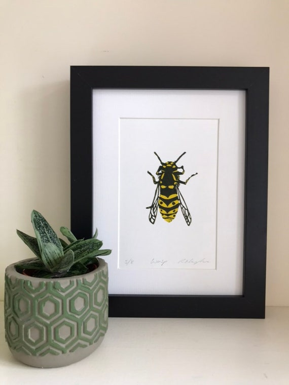 Wasp Linocut Print-Insect Nature Art-Wall Art-Wildlife Art-Handmade Print-Limited Edition Linoprint