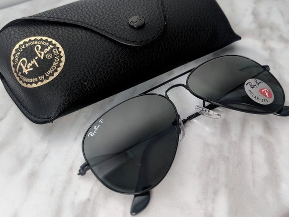ray ban aviator black gold