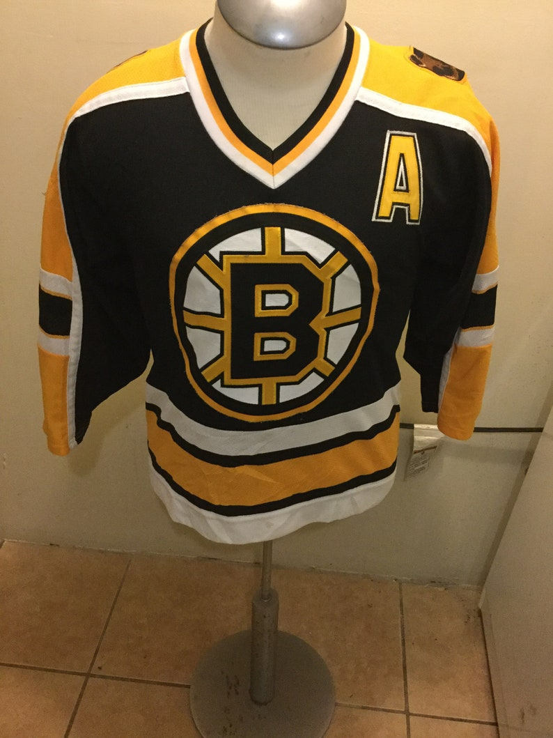 brand new 79301 30c73 Vintage NHL Koho Boston Bruins Hockey Jersey NEELY 8 Adult Small