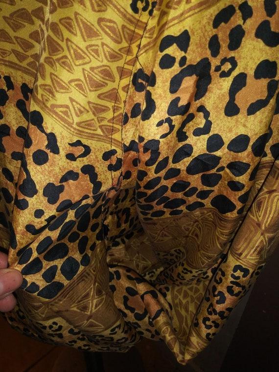 Leopard Print Silk Jacket 80's FUDA INTERNATIONAL - image 3