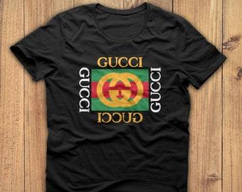 Chemise Gucci, Gucci tshirt, t-shirt Gucci, Gucci t-shirt, Chemise mode,  chemise gucci pour homme, tshirt gucci femme, gucci cadeau, cadeau  d anniversaire 9e1773c17b55