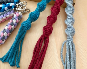DIY Macramé kit for beginners - busy yourself craft gift with 3 spiral keychains