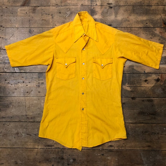 Vintage 1970s 1980s Yellow Dagger Collars Shirt