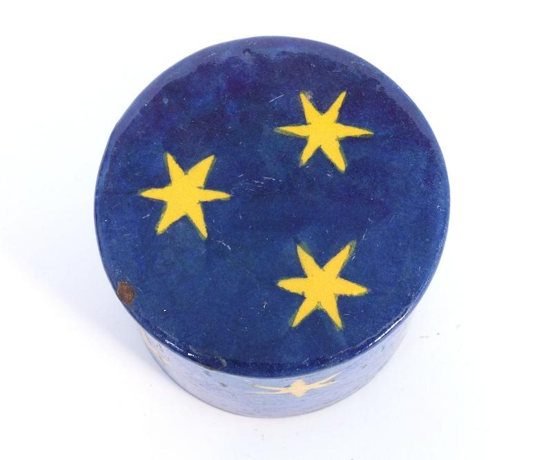 i21-2 Beautiful Ceramic Box Handmade Old Vintage Decorative Blue Painted Ceramic Trinket  Jewelry Box
