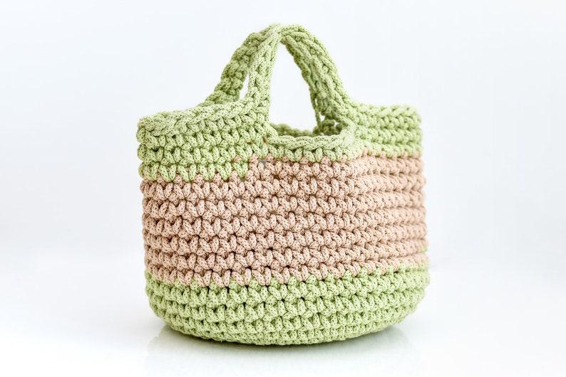 Crochet  basket bag Bag with handles