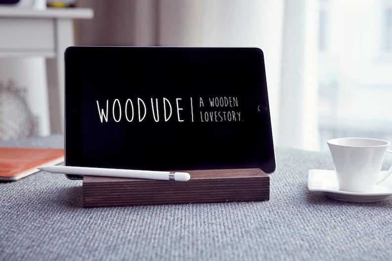 EMIL  iPad wooden bracket image 0
