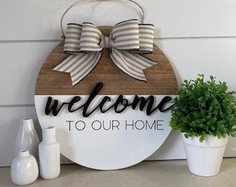 """Welcome - 11"""" Wood Wreath - Door Hanger"""