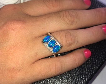 Stunning Blue Cultured Opal Sterling Silver Ring UK Size: N 1/2