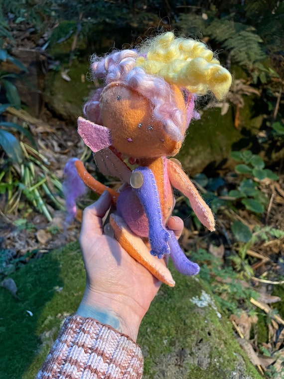 Autumn Dragon jointed natural art toy