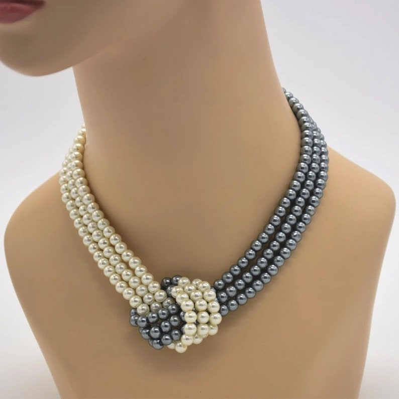Fashion Necklace 3 Strands Pearls