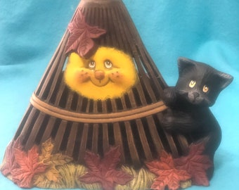 Rake Candle Holder with Kitten