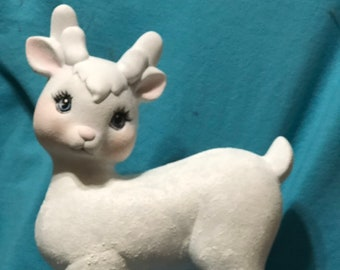 Ceramic White Deer dry brushed using Mayco Softee Stains