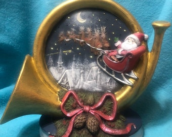 Lighted French Horn with Scenery
