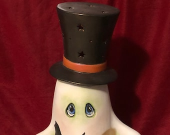 Large Clay Magic Top Hat Ghost dry brushed using Mayco Softee Stains