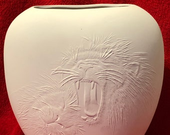 Ceramic Lion Pillow Vase in bisque ready to paint