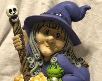 Ms Wicked Witch dry brushed using Mayco Softee Stains by jmdceramicsart
