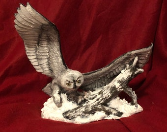 Ceramic Dry Brushed Snow Owl using Mayco Softee Stains and non fired snow