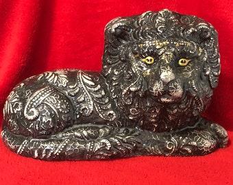 Black Glazed Laced Ceramic Lion