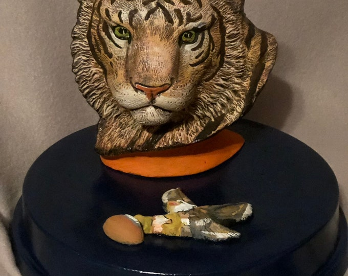 Ceramic Tiger Bust one if a kind painting