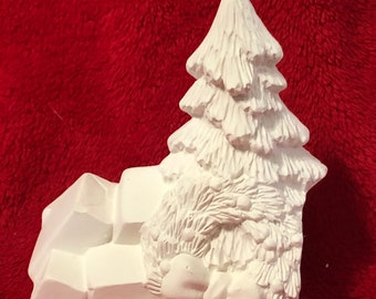 Ceramic Christmas tree and boxes bisque insert for classic pickup