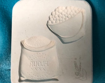 Berries and Flour Magnet Mold by Duncan Mold Company
