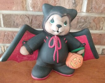 Ceramic Clay Magic Bat Bear dry brushed using Mayco Softee Stains