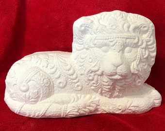 Laced Lion in ceramic bisque ready to paint