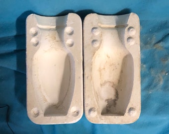 Decorative Vase Mold by unknown company