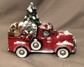Ceramic Old Time Vintage Pickup Box with Christmas Lid dry brushed using Mayco Softee Stains and topped with snow