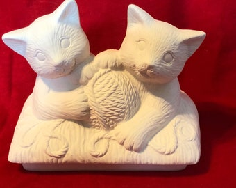 Clay Magic's Ceramic Kitty Cat Lid for the Mayco Truck Planter, Tub or Trailer in bisque ready to paint